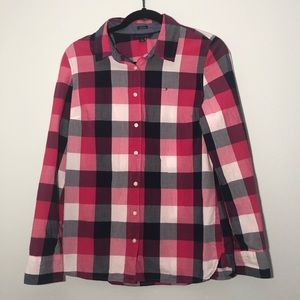TOMMY HILFIGER PLAID BUTTON DOWN BLOUSE
